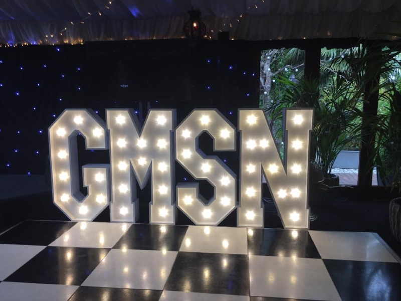 News: CarShop's charity dinner & dance raises over 12,000 pounds for Global's Make Some Noise